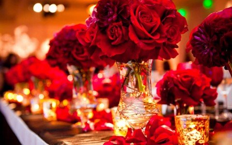 Red Wedding Table Setup